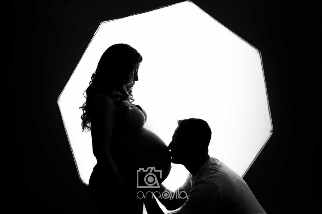 contratar una sesión de fotos de embarazo en madrid